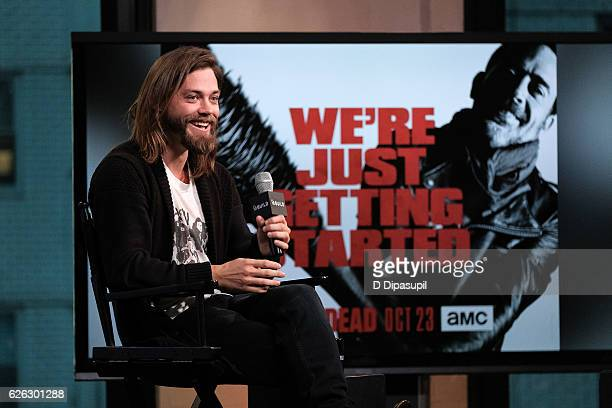 Tom Payne attends the Build Series to discuss 'The Walking Dead' at AOL HQ on November 28 2016 in New York City