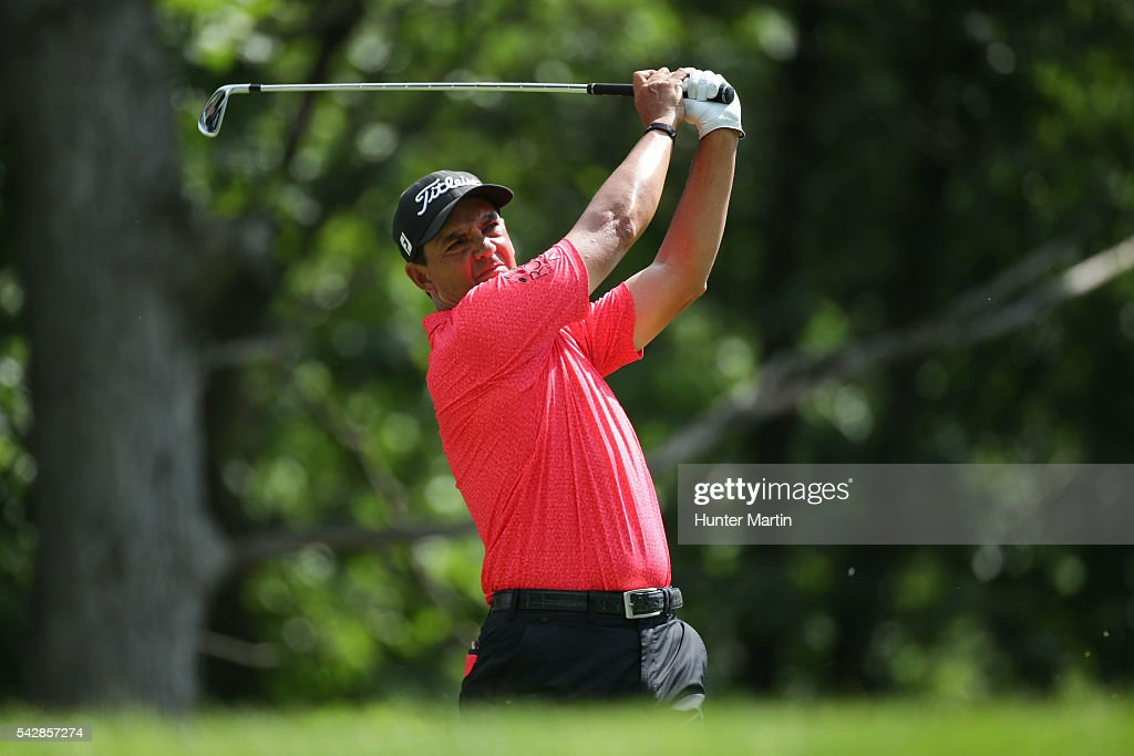 <a gi-track='captionPersonalityLinkClicked' href=/galleries/search?phrase=Tom+Pernice+Jr.&family=editorial&specificpeople=562466 ng-click='$event.stopPropagation()'>Tom Pernice Jr.</a> hits his tee shot on the 15th hole during the first round of the Champions Tour American Family Insurance Championship at University Ridge Golf Course on June 24, 2016 in Madison, Wisconsin.