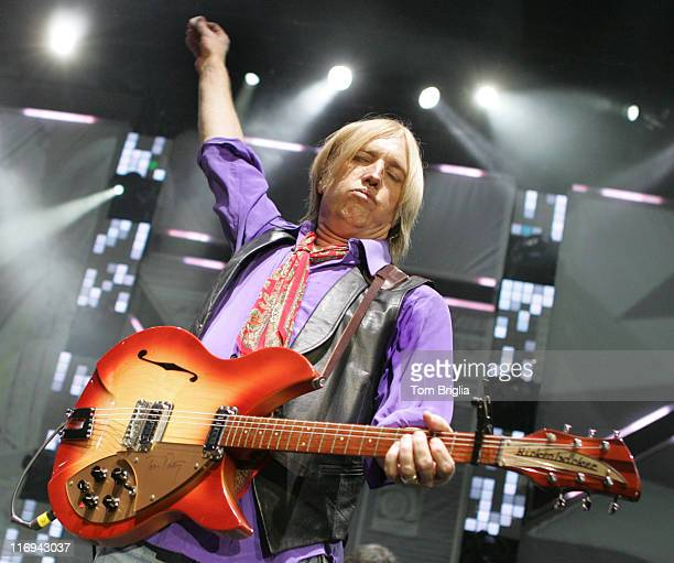 tom petty and the heartbreakers stock photos and pictures getty images. Black Bedroom Furniture Sets. Home Design Ideas