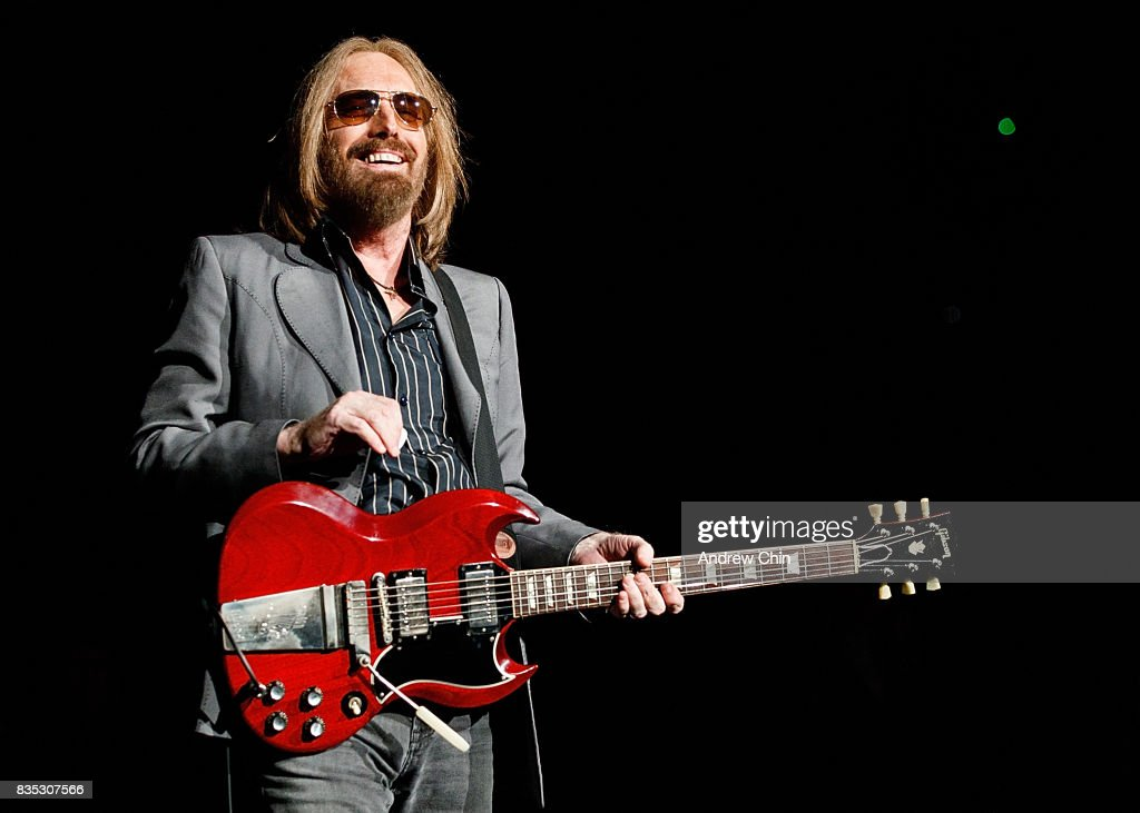 Tom Petty of Tom Petty and the Heartbreakers performs on stage at Pepsi Live at Rogers Arena on August 17, 2017 in Vancouver, Canada.