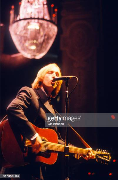Tom Petty performing with The Heartbreakers at Vorst Nationaal Brussels Belgium 1st April 1992