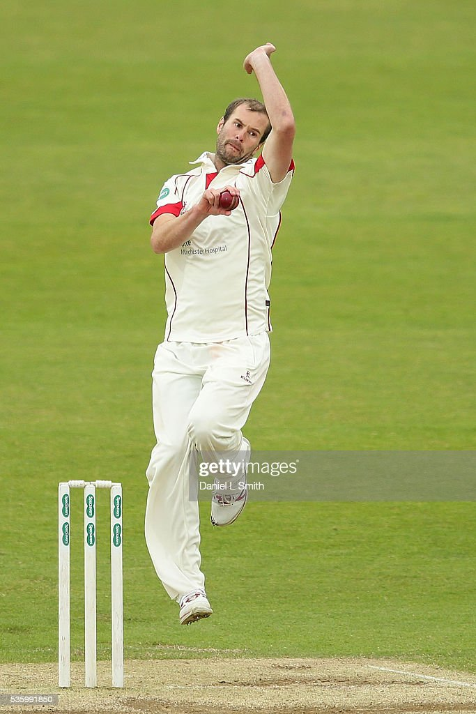 <a gi-track='captionPersonalityLinkClicked' href=/galleries/search?phrase=Tom+Smith+-+Cricket+Player&family=editorial&specificpeople=4180561 ng-click='$event.stopPropagation()'>Tom Smith</a> of Lancashire bowls during day three of the Specsavers County Championship: Division One match between Yorkshire and Lancashire at Headingley on May 31, 2016 in Leeds, England.