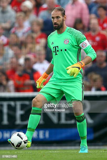 Tom Starke of Bayern Muenchen runs with the ball during the friendly match between SV Lippstadt and FC Bayern at Stadion am Bruchbaum on July 16 2016...
