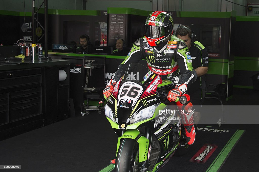 <a gi-track='captionPersonalityLinkClicked' href=/galleries/search?phrase=Tom+Sykes&family=editorial&specificpeople=3070262 ng-click='$event.stopPropagation()'>Tom Sykes</a> of Great Britain and Kawasaki Racing Team prepares to start in box during the World Superbikes - Practice at Enzo & Dino Ferrari Circuit on April 29, 2016 in Imola, Italy.