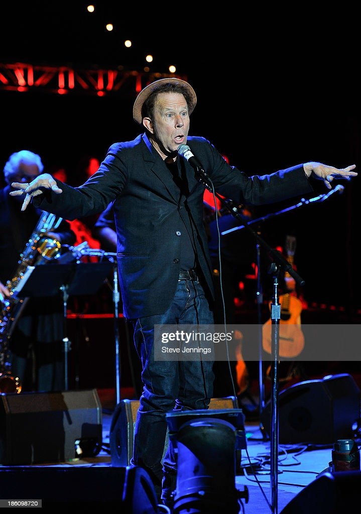 <a gi-track='captionPersonalityLinkClicked' href=/galleries/search?phrase=Tom+Waits&family=editorial&specificpeople=1104144 ng-click='$event.stopPropagation()'>Tom Waits</a> performs on Day 2 of the 27th Annual Bridge School Benefit concert at Shoreline Amphitheatre on October 27, 2013 in Mountain View, California.