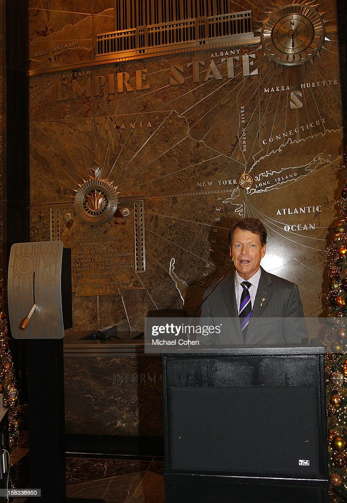 Tom Watson speaks at a lighting ceremony after the 2014 U.S. Ryder Cup Captain's News Conference held at the Empire State Building on December 13, 2012 in New York City.