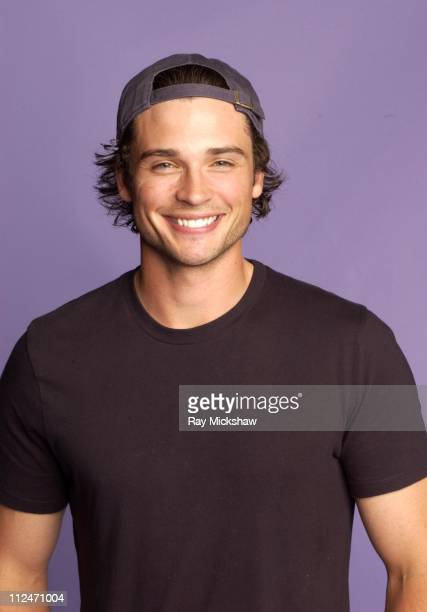 Tom Welling during Fox Portrait Studio at the 2004 Teen Choice Awards at Universal Ampitheatre in Universal City California United States