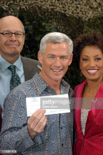 Tom Westman with CBS' Harry Smith and Rene Syler during 'Survivor' Winner Tom Weston and the Cast of 'Everybody Loves Raymond' Visit 'The Early Show'...