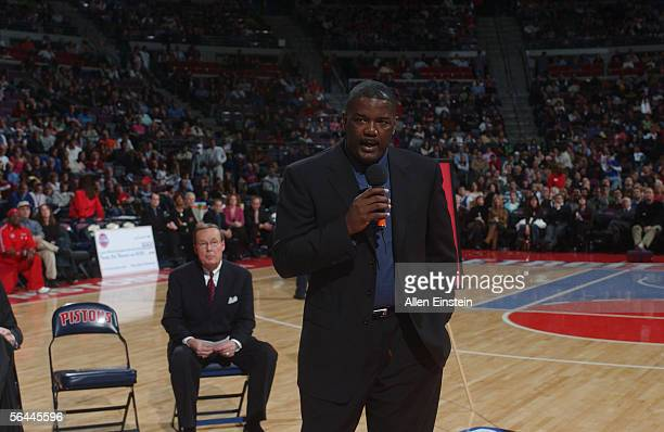 Joe Dumars President of the Detroit Pistons speaks during a ceremony honoring Pistons owner Bill Davidson during half time of their game against the...