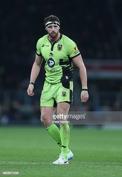 Tom Wood of Northampton Sants in action during the Aviva Premiership match between Harlequins and Northampton Saints at Twickenham Stadium on...