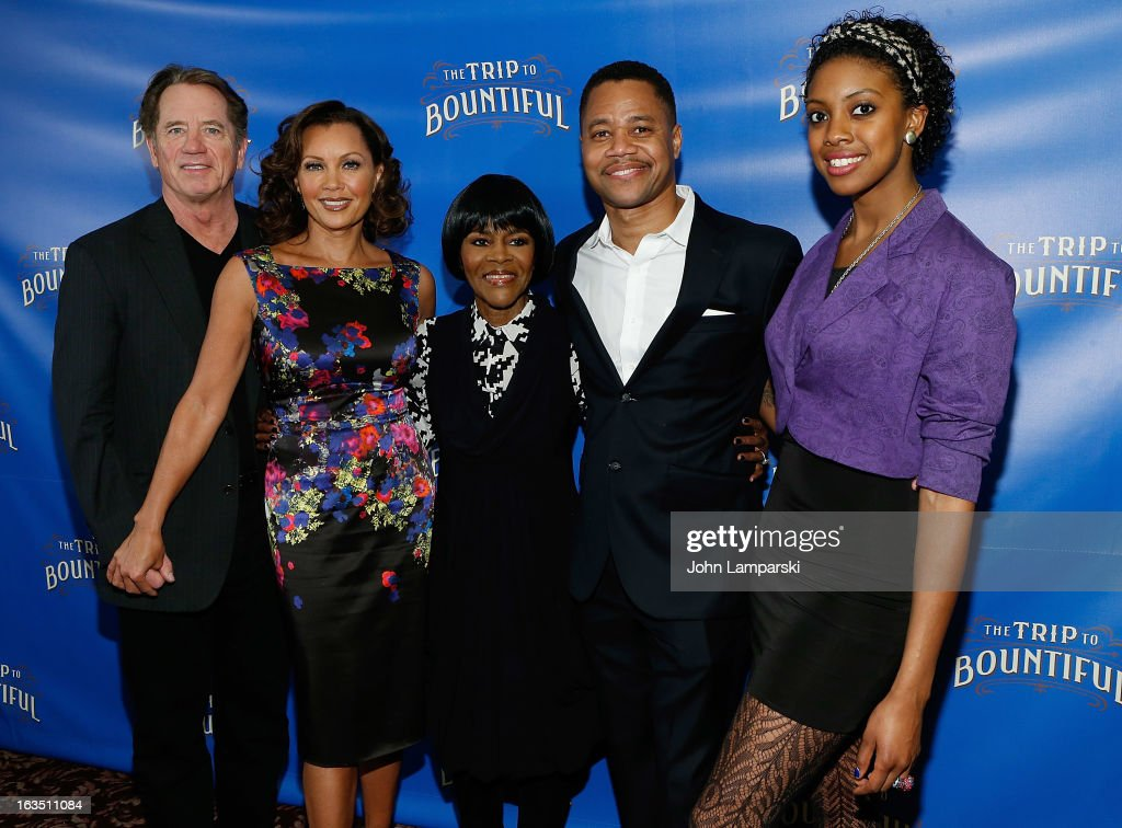 <a gi-track='captionPersonalityLinkClicked' href=/galleries/search?phrase=Tom+Wopat&family=editorial&specificpeople=226939 ng-click='$event.stopPropagation()'>Tom Wopat</a>, Vanessa Williams, cicely Tyson, Cuba Gooding JR. and Condola Rashad attend the 'The Trip To Bountiful' Broadway Cast Photocall at Sardi's on March 11, 2013 in New York City.