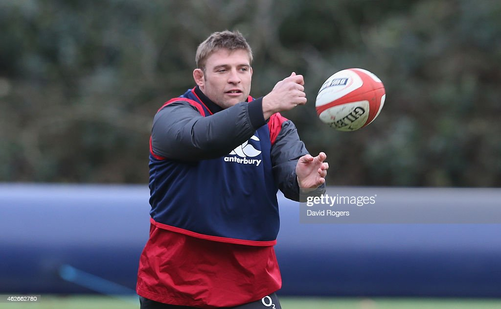 <a gi-track='captionPersonalityLinkClicked' href=/galleries/search?phrase=Tom+Youngs+-+Rugby+Player&family=editorial&specificpeople=10880014 ng-click='$event.stopPropagation()'>Tom Youngs</a> passes the ball during the England training session held at Pennyhill Park on February 2, 2015 in Bagshot, England.