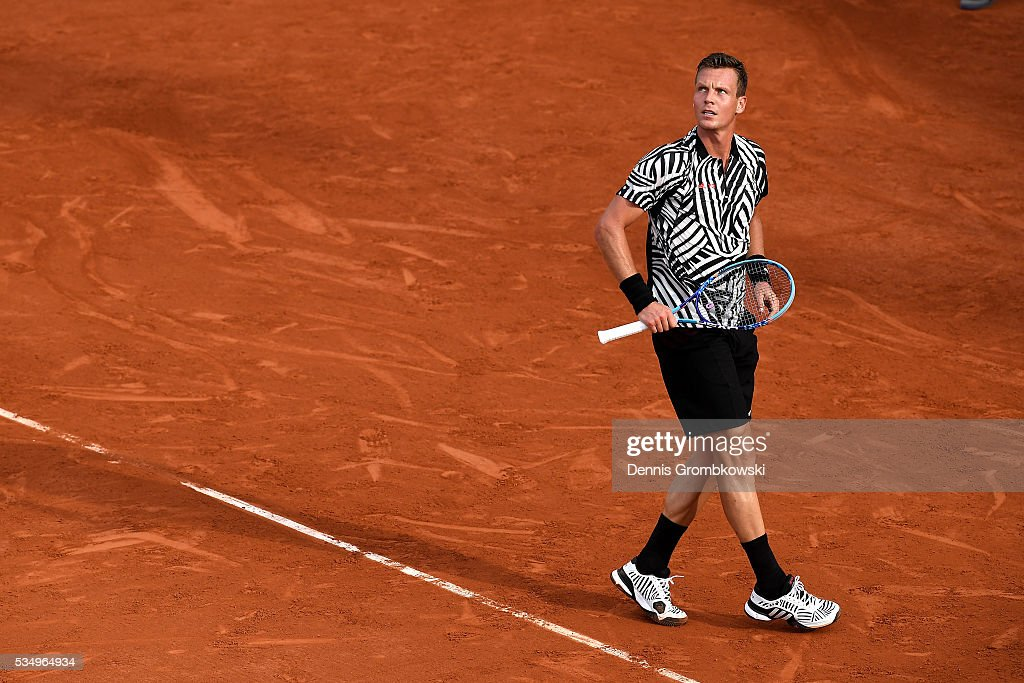 <a gi-track='captionPersonalityLinkClicked' href=/galleries/search?phrase=Tomas+Berdych&family=editorial&specificpeople=239147 ng-click='$event.stopPropagation()'>Tomas Berdych</a> of czech Republic reacts during the Men's Singles third round match against Pablo Cuevas of Uruguay on day seven of the 2016 French Open at Roland Garros on May 28, 2016 in Paris, France.