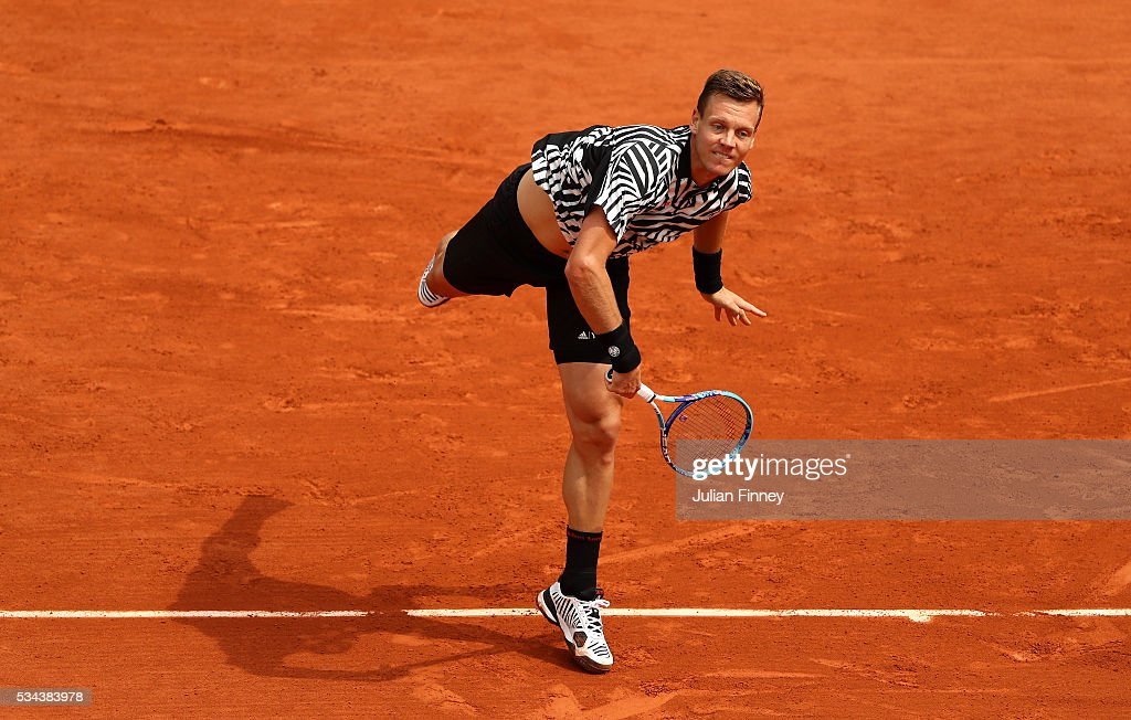 <a gi-track='captionPersonalityLinkClicked' href=/galleries/search?phrase=Tomas+Berdych&family=editorial&specificpeople=239147 ng-click='$event.stopPropagation()'>Tomas Berdych</a> of Czech Republic serves during the Men's Singles second round match against Malek Jaziri of Tunisia on day five of the 2016 French Open at Roland Garros on May 26, 2016 in Paris, France.