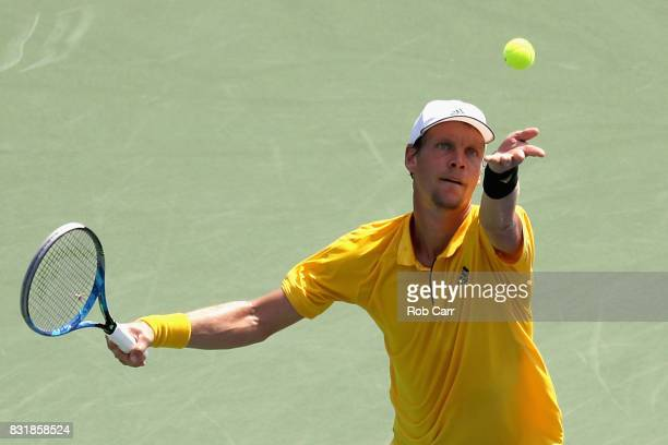 Tomas Berdych of the Czech Republic serves to Juan Martin Del Potro of Argentina during the Western and Southern Open on August 15 2017 in Mason Ohio