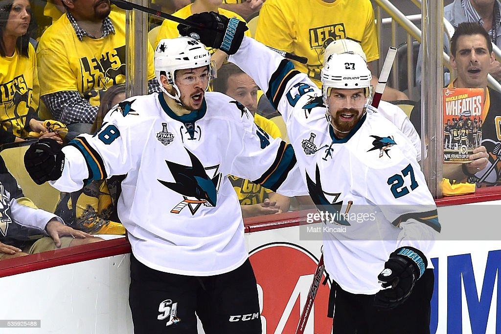 <a gi-track='captionPersonalityLinkClicked' href=/galleries/search?phrase=Tomas+Hertl&family=editorial&specificpeople=8761287 ng-click='$event.stopPropagation()'>Tomas Hertl</a> #48 of the San Jose Sharks celebrates with <a gi-track='captionPersonalityLinkClicked' href=/galleries/search?phrase=Joonas+Donskoi&family=editorial&specificpeople=7029359 ng-click='$event.stopPropagation()'>Joonas Donskoi</a> #27 after scoring a second period goal against Matt Murray #30 of the Pittsburgh Penguins (not pictured) in Game One of the 2016 NHL Stanley Cup Final at Consol Energy Center on May 30, 2016 in Pittsburgh, Pennsylvania.