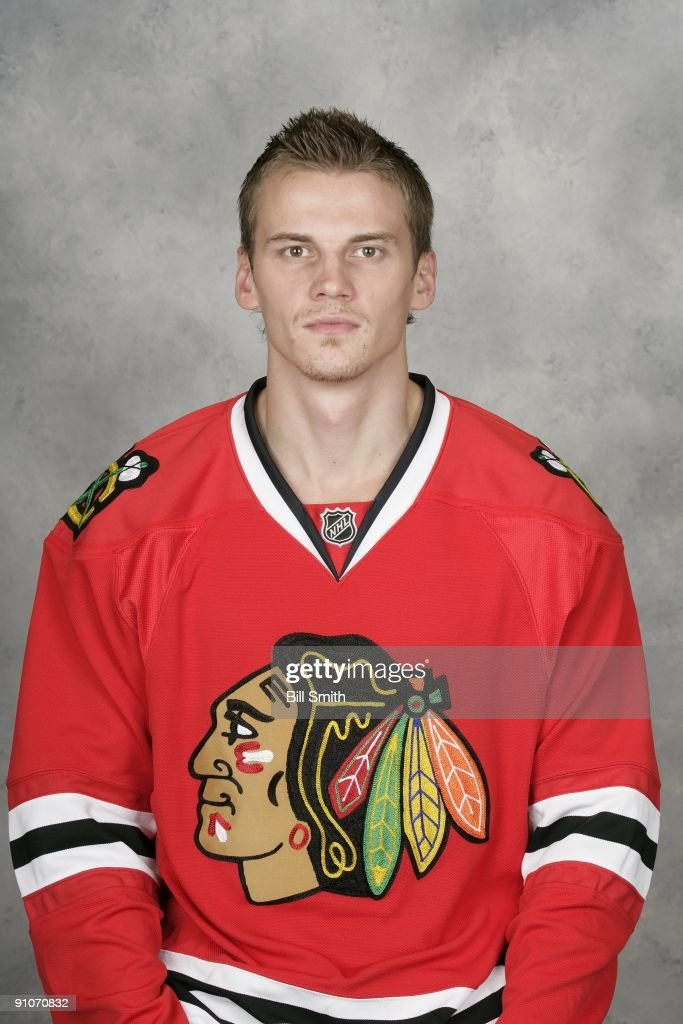 <a gi-track='captionPersonalityLinkClicked' href=/galleries/search?phrase=Tomas+Kopecky&family=editorial&specificpeople=2234349 ng-click='$event.stopPropagation()'>Tomas Kopecky</a> of the Chicago Blackhawks poses for his official headshot for the 2009-2010 NHL season.