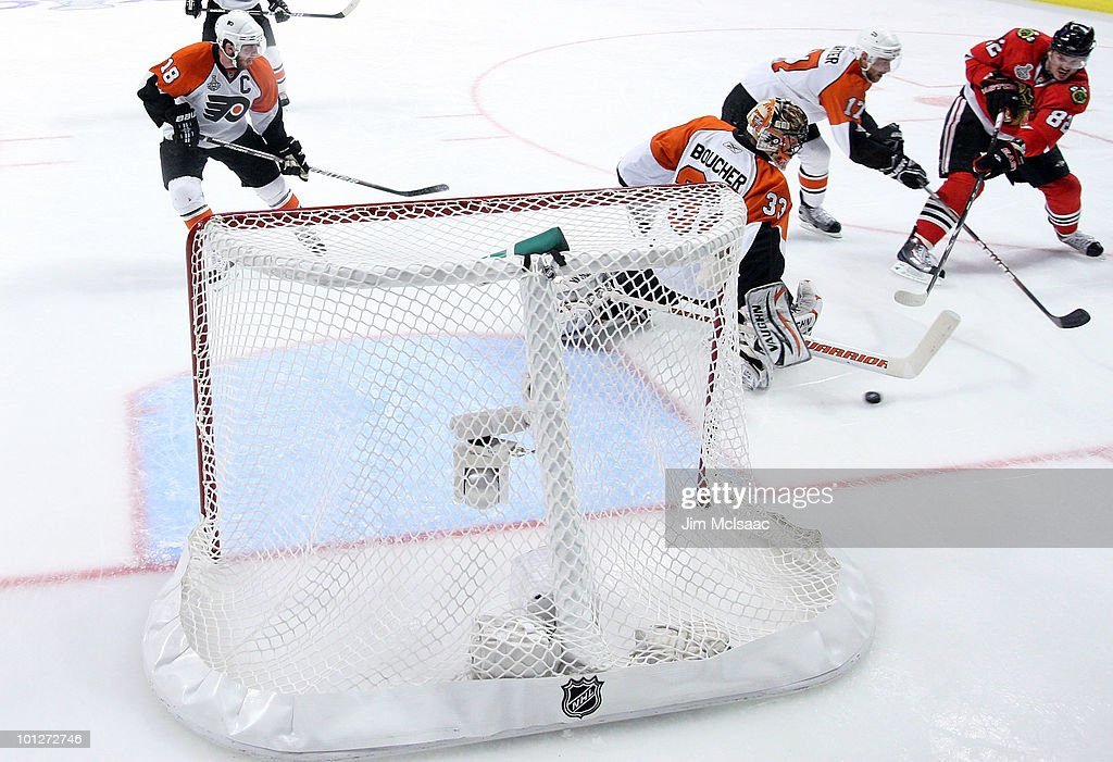 Stanley Cup Finals - Philadelphia Flyers v Chicago Blackhawks - Game One