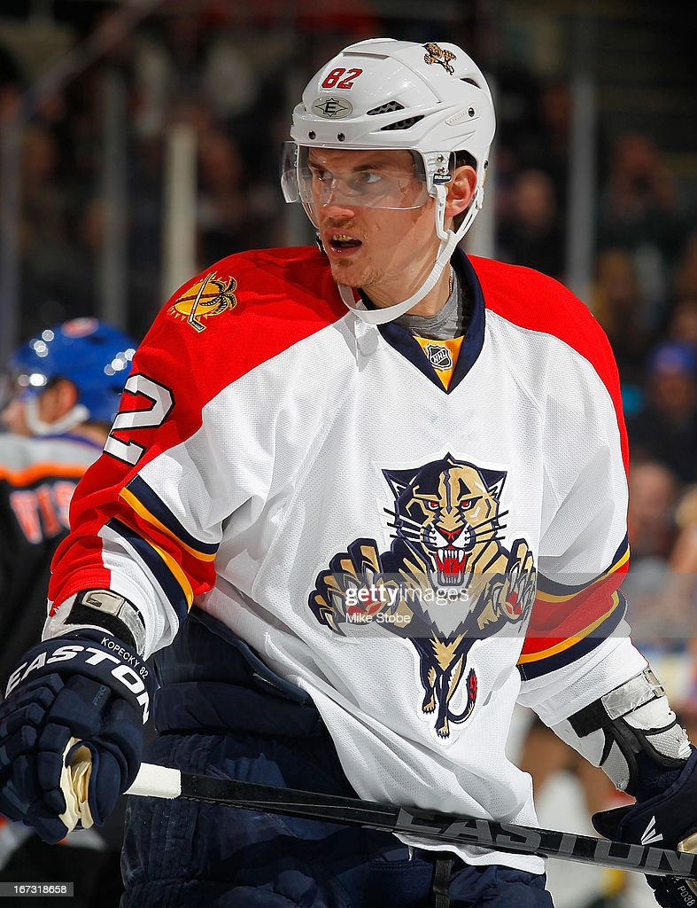 <a gi-track='captionPersonalityLinkClicked' href=/galleries/search?phrase=Tomas+Kopecky&family=editorial&specificpeople=2234349 ng-click='$event.stopPropagation()'>Tomas Kopecky</a> #82 of the Florida Panthers skates against the New York Islanders at Nassau Veterans Memorial Coliseum on March 24, 2013 in Uniondale, New York. The Islanders defeated the Panthers 3-0.
