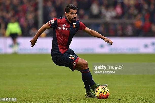 Tomas Rincon of Genoa CFC in action during the Serie A match between Genoa CFC and Carpi FC at Stadio Luigi Ferraris on November 29 2015 in Genoa...