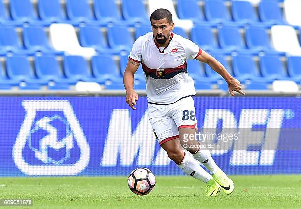 Tomas Rincon of Genoa CFC in action during the Serie A match between US Sassuolo and Genoa CFC at Mapei Stadium Citta' del Tricolore on September 18...