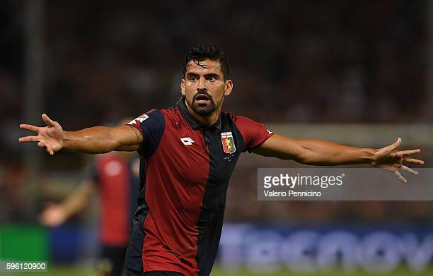 Tomas Rincon of Genoa CFC reacts during the Serie A match between Genoa CFC and Cagliari Calcio at Stadio Luigi Ferraris on August 21 2016 in Genoa...