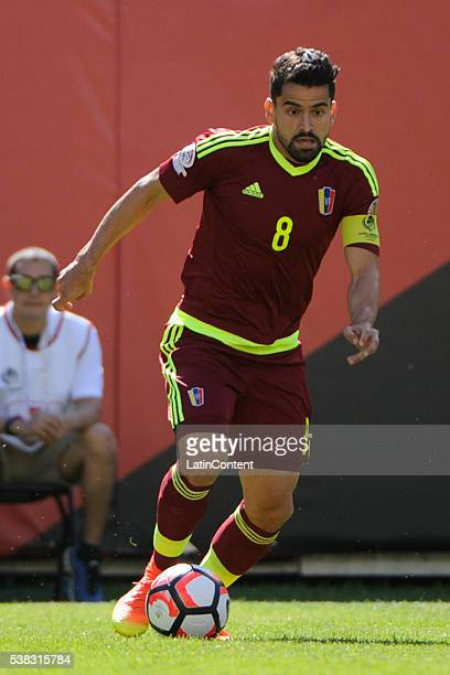 Tomas Rincon of Venezuela drives the ball during a group C match between Jamaica and Venezuela at Soldier Field Stadium as part of Copa America...