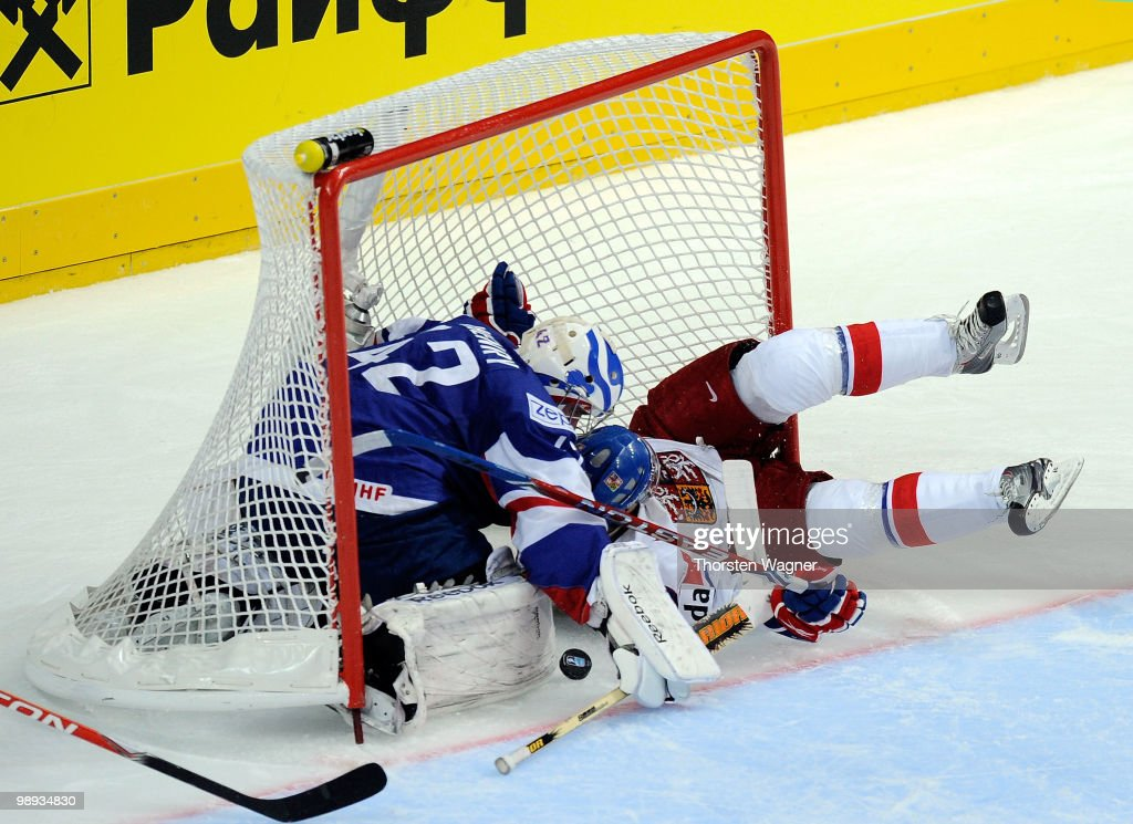Czech Republic v France - 2010 IIHF World Championship