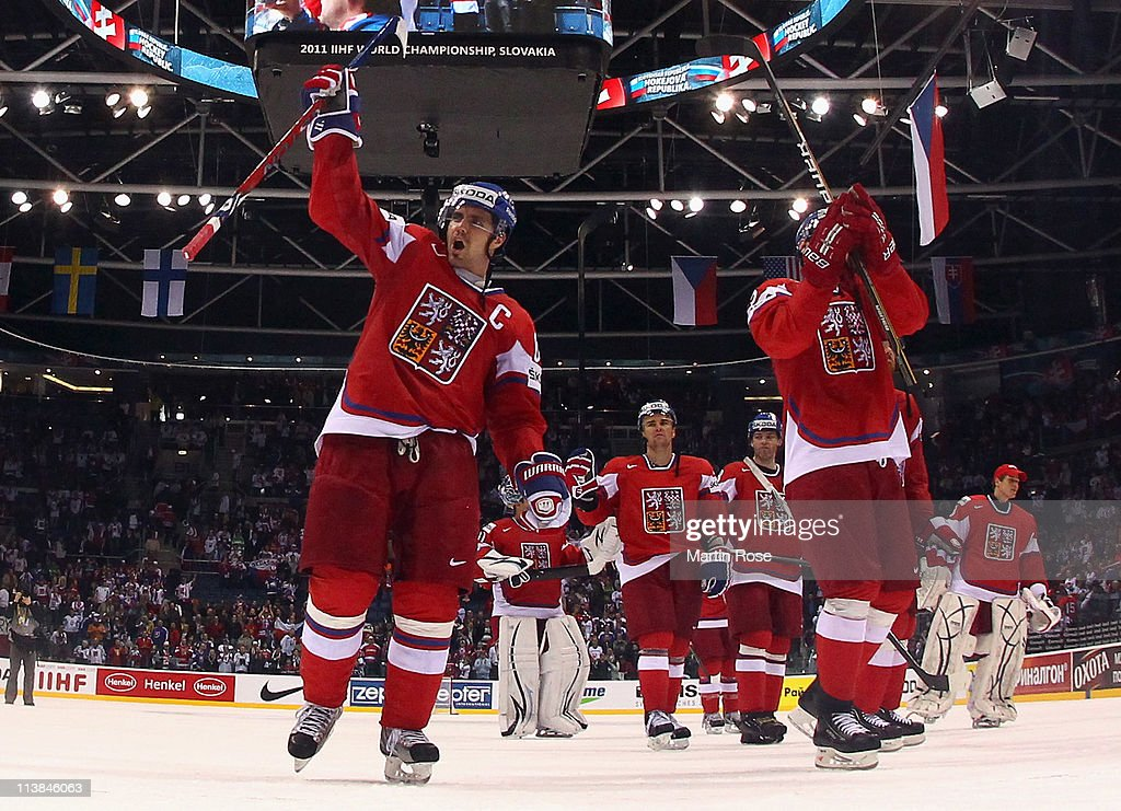 Czech Republic v Russia - 2011 IIHF World Championship