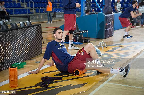 Tomas Satoransky #13 of FC Barcelona Lassa stretching prior the match of 20152016 Turkish Airlines Euroleague Basketball Playoffs Game 3 between FC...