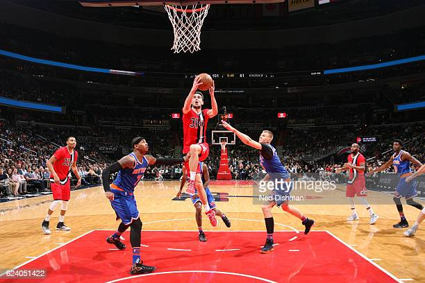 Tomas Satoransky of the Washington Wizards shoots the ball against the New York Knicks during the game on November 17 2016 at Verizon Center in...