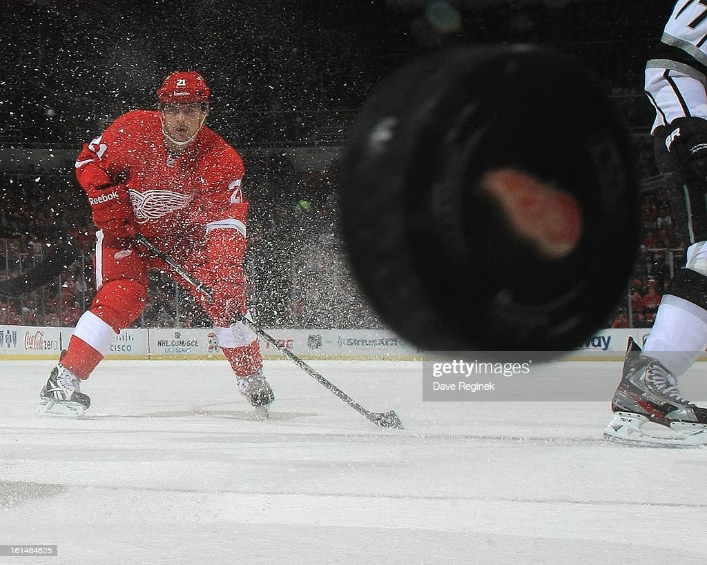 <a gi-track='captionPersonalityLinkClicked' href=/galleries/search?phrase=Tomas+Tatar&family=editorial&specificpeople=5652303 ng-click='$event.stopPropagation()'>Tomas Tatar</a> #21 of the Detroit Red Wings follows the puck during a NHL game against the Los Angeles Kings at Joe Louis Arena on February 10, 2013 in Detroit, Michigan. Detroit defeated Los Angeles 3-2