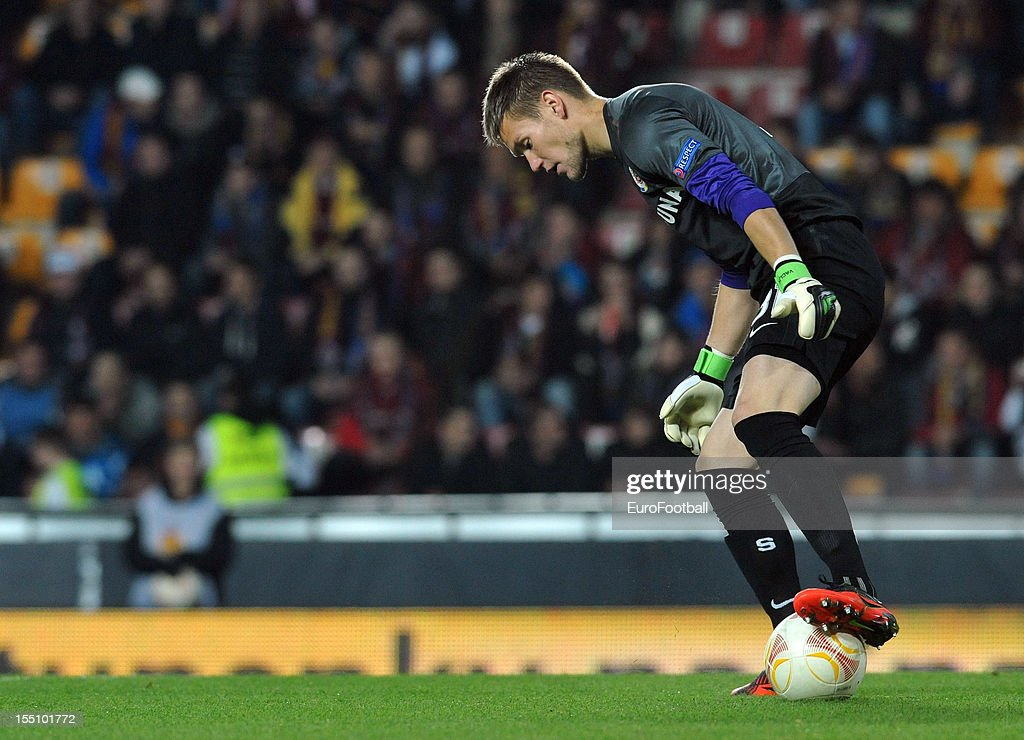 <a gi-track='captionPersonalityLinkClicked' href=/galleries/search?phrase=Tomas+Vaclik&family=editorial&specificpeople=5437912 ng-click='$event.stopPropagation()'>Tomas Vaclik</a> of AC Sparta Praha in action during the UEFA Europa League group stage match between AC Sparta Praha and Hapoel Kiryat Shmona FC held on October 25, 2012 at the Stadion Letna in Prague, Czech Republic.