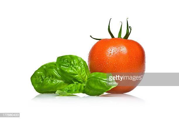 Tomate y albahaca