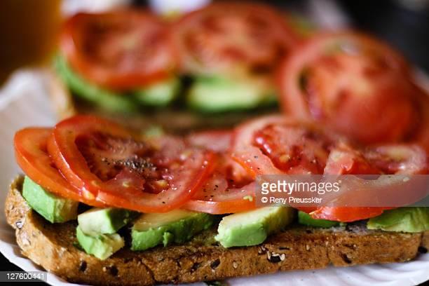 Tomato avocado toastie