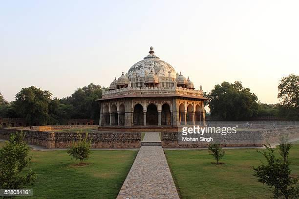 Tomb of Isa Khan, New Delhi