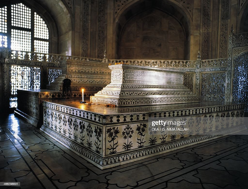 Tomb of Shah Jahan and his wife Mumtaz Mahal, Taj Mahal ...