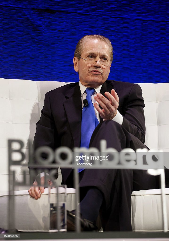 J. Tomilson Hill, vice chairman of the Blackstone Group, speaks during the Bloomberg Hedge Funds Summit in New York, U.S., on Wednesday, December 5, 2012. The Bloomberg Hedge Funds Summit convenes managers and investors to discuss the impact of the European debt crisis on the global markets and break down the fundamentals driving volatility in the equity markets. Photographer: Michael Nagle/Bloomberg via Getty Images