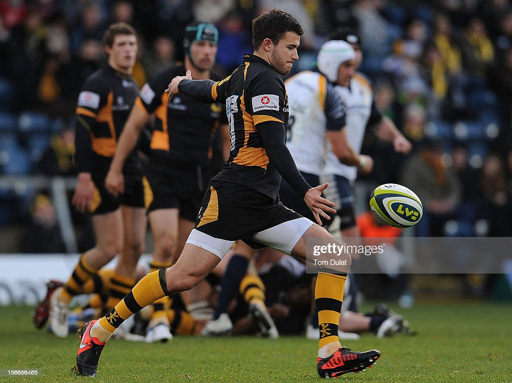 Tommy Bell of London Wasps in action during the LV= Cup match between London Wasps and Worcester Warriors at Adams Park on November 18, 2012 in High Wycombe, England.
