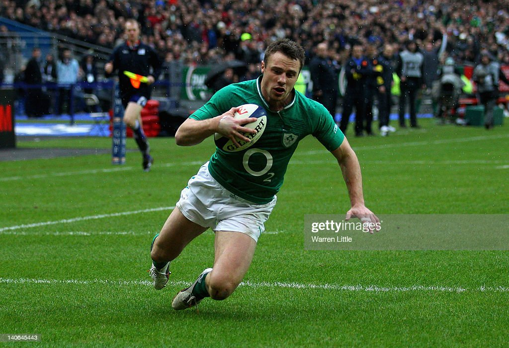 <a gi-track='captionPersonalityLinkClicked' href=/galleries/search?phrase=Tommy+Bowe&family=editorial&specificpeople=556065 ng-click='$event.stopPropagation()'>Tommy Bowe</a> of Ireland scores his second try during the RBS Six Nations match between France and Ireland at Stade de France on March 4, 2012 in Paris, France.