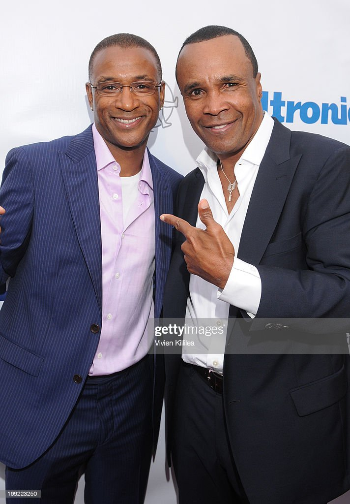 <a gi-track='captionPersonalityLinkClicked' href=/galleries/search?phrase=Tommy+Davidson&family=editorial&specificpeople=619191 ng-click='$event.stopPropagation()'>Tommy Davidson</a> and <a gi-track='captionPersonalityLinkClicked' href=/galleries/search?phrase=Sugar+Ray+Leonard&family=editorial&specificpeople=206479 ng-click='$event.stopPropagation()'>Sugar Ray Leonard</a> attend B. Riley & Co. & The <a gi-track='captionPersonalityLinkClicked' href=/galleries/search?phrase=Sugar+Ray+Leonard&family=editorial&specificpeople=206479 ng-click='$event.stopPropagation()'>Sugar Ray Leonard</a> Foundation Present The 4th Annual 'Big Fighters, Big Cause' Charity Fight Night To Benefit Juvenile Diabetes at Santa Monica Pier on May 21, 2013 in Santa Monica, California.