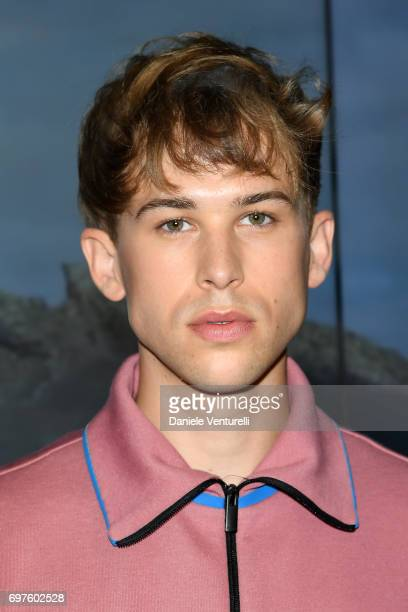 Tommy Dorfman attends the Fendi show during Milan Men's Fashion Week Spring/Summer 2018 on June 19 2017 in Milan Italy