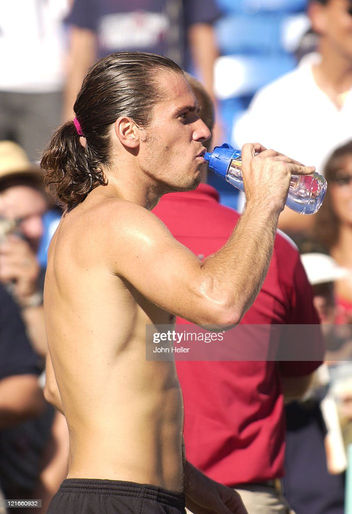 Tommy Haas relaxes after his straight set victory at the Mercedes Benz Cup over Ncolas Kiefer at the Los Angeles Tennis Center