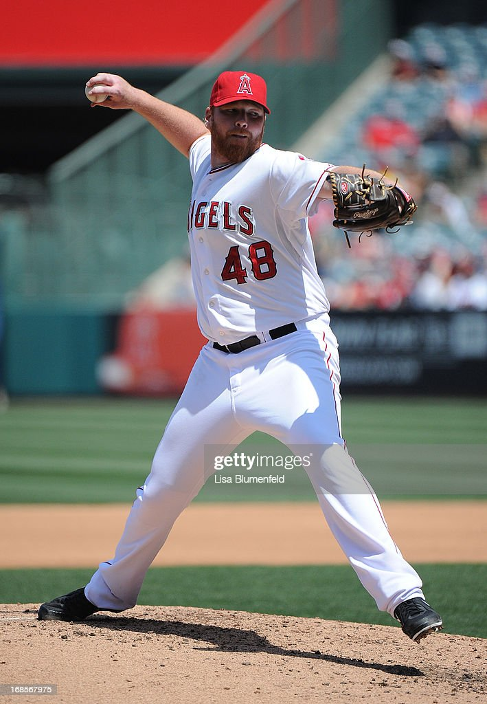 <a gi-track='captionPersonalityLinkClicked' href=/galleries/search?phrase=Tommy+Hanson&family=editorial&specificpeople=3358060 ng-click='$event.stopPropagation()'>Tommy Hanson</a> #48 of the Los Angeles Angels of Anaheim pitches against the Baltimore Orioles at Angel Stadium of Anaheim on May 4, 2013 in Anaheim, California.