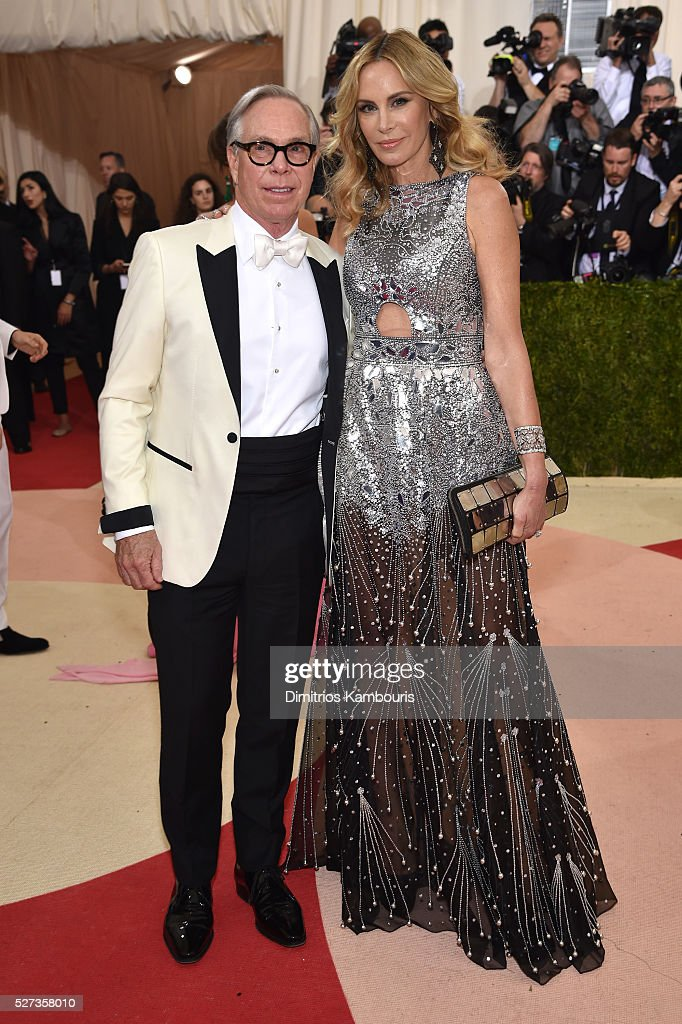 Tommy Hilfiger (L) and Dee Ocleppo attend the 'Manus x Machina: Fashion In An Age Of Technology' Costume Institute Gala at Metropolitan Museum of Art on May 2, 2016 in New York City.