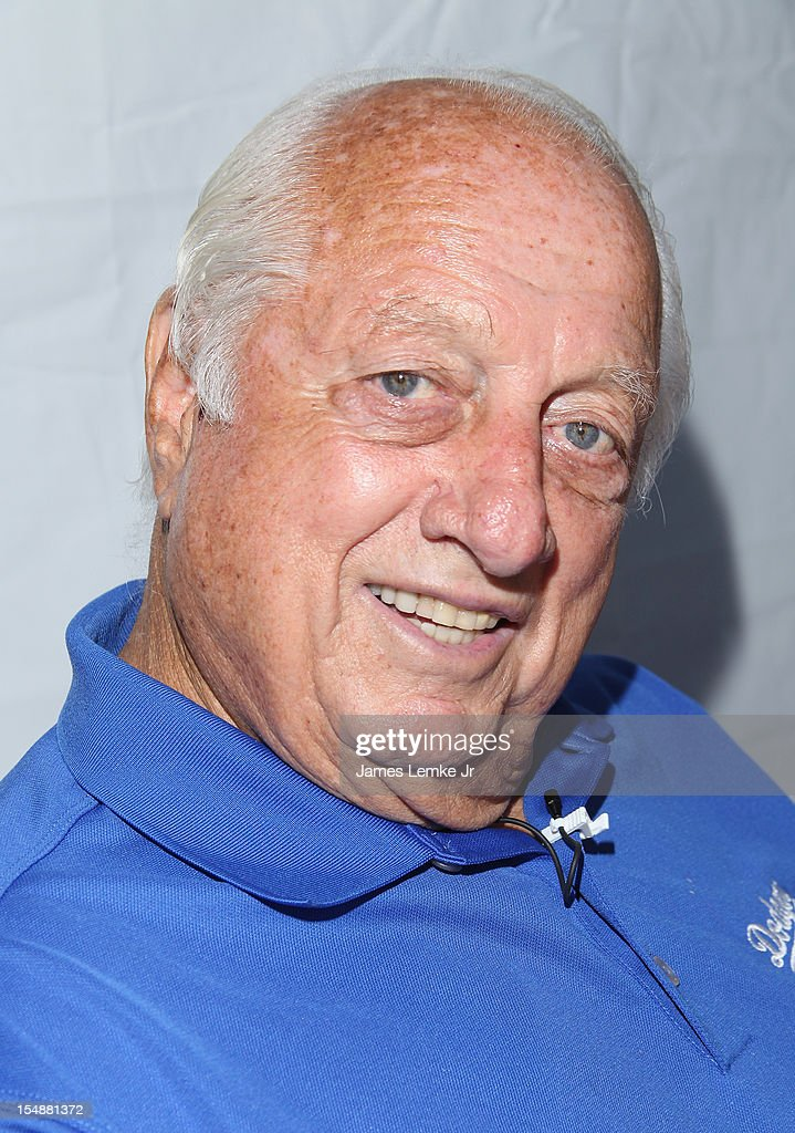 <a gi-track='captionPersonalityLinkClicked' href=/galleries/search?phrase=Tommy+Lasorda&family=editorial&specificpeople=206834 ng-click='$event.stopPropagation()'>Tommy Lasorda</a> attends the 4th Annual SKECHERS Pier To Pier Friendship Walk on October 28, 2012 in Manhattan Beach, California.