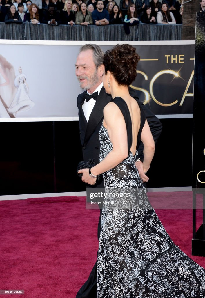 Tommy Lee Jones and Dawn Laurel-Jones arrive at the Oscars at Hollywood & Highland Center on February 24, 2013 in Hollywood, California.