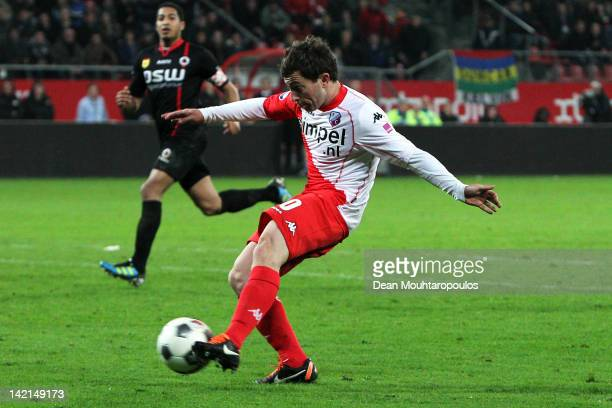 Tommy Oar of Utrecht shoots and scores the winning goal in the final minutes during the Eredivisie match between FC Utrecht and SC Excelsior...