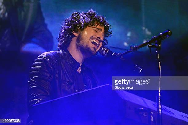 Tommy Torres onstage during Noche de Estrellas Fidelity at Coliseo Jose M Agrelot on September 25 2015 in San Juan Puerto Rico