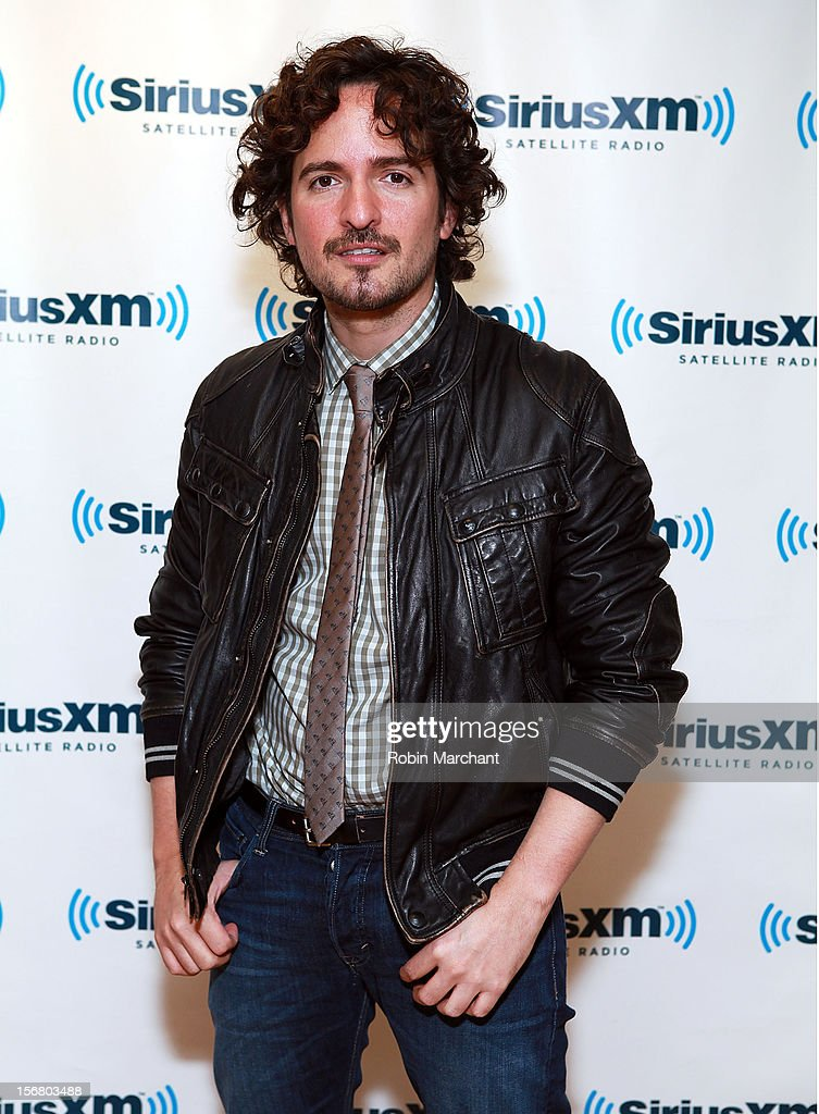 <a gi-track='captionPersonalityLinkClicked' href=/galleries/search?phrase=Tommy+Torres&family=editorial&specificpeople=3043126 ng-click='$event.stopPropagation()'>Tommy Torres</a> visits the SiriusXM Studios on November 21, 2012 in New York City.
